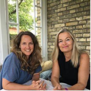 Karen sammen med Anne Skare Nielsen fra RYK VERDEN NEWS